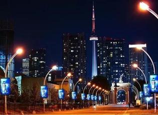 5G智慧灯杆-整合智慧杆资源加快5G基础设施建设力度大力推进智慧城市建设图片