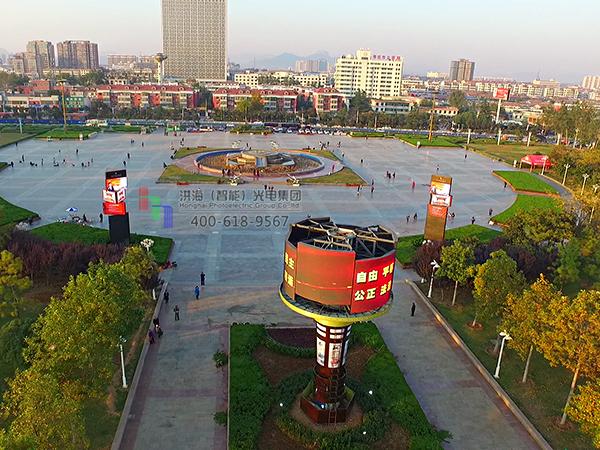 山东枣庄LED旋转魔方柱升降圆柱屏案例现场图片