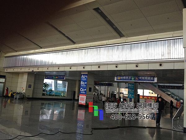 山东临沂室内车站三面翻大厅广告牌